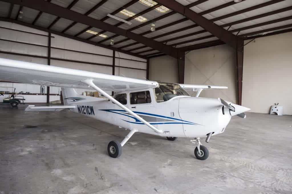 Rent this 172 at Kissimmee Airport
